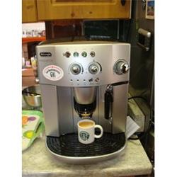 DeLonghi Magnifica ESAM4200 Espresso Machine