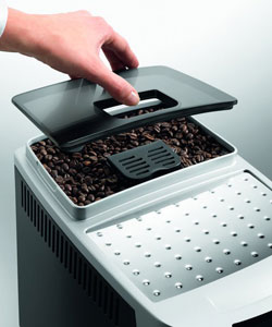 De'Longhi Bean to Cup Coffee Machine ECAM22.110.B